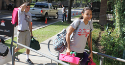 Students move in to Guinan Hall
