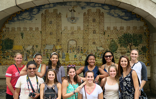 University of St. Thomas Celts Houston women's basketball team abroad in Barcelona
