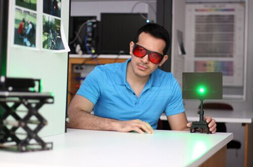 Physics minor works with laser at the University of St. Thomas in Houston, Texas