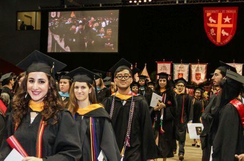 Texas State Graduation 2020.Spring Graduation University Of St Thomas Houston Tx