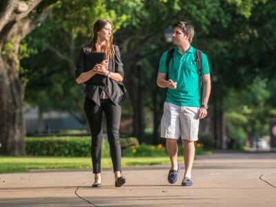 Psychology majors walk on University of St. Thomas - Houston campus