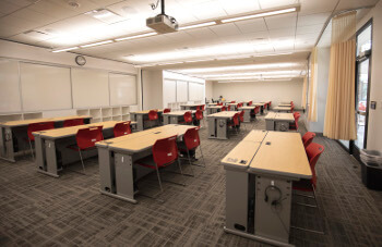 University of St. Thomas - Houston classroom in Center for Science and Health Professions