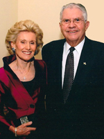 Photo: Carl and Lois Davis